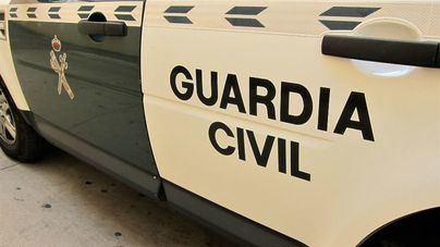 Un hombre herido tras el choque entre un coche y una ambulancia en Ibiza