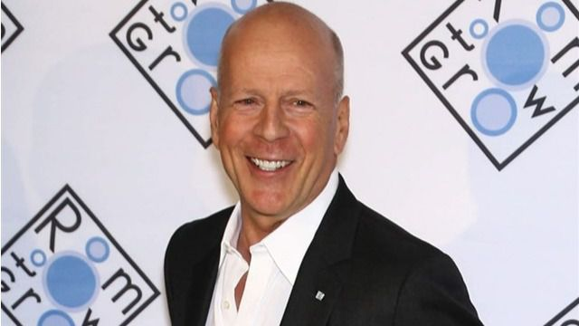 Bruce Willis interpretará al entrenador de Mike Tyson