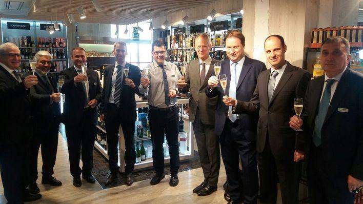 La cúpula mundial de Moët Hennessy visita el nuevo Club del Gourmet de Jaime III en Palma