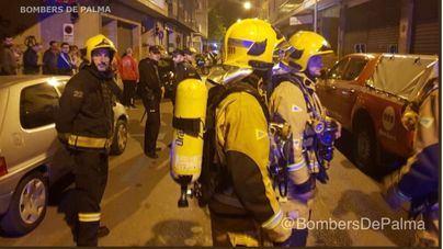 Un padre y dos hijos evacuados a Son Espases y un edificio desalojado por un escape de gas en Palma