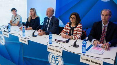 Más de 600.000 pacientes acuden cada mes al dermatólogo en España