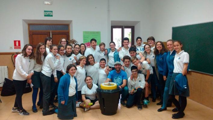 El proyecto de limpieza de plásticos del mar llega a la Escolania de Lluc