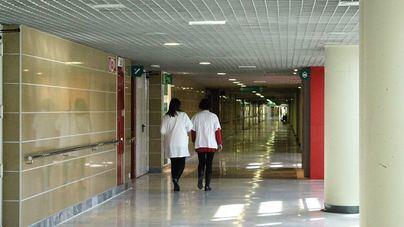 Los sanitarios reclaman a Son Espases 146.000 horas 'trabajadas de más'