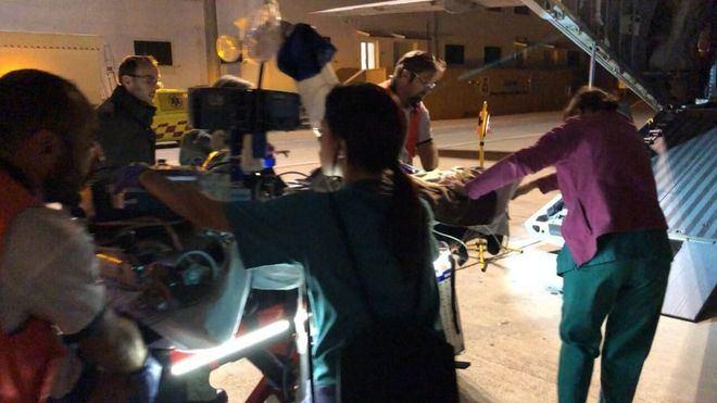 El niño evacuado por un avión militar a Madrid desde Son Espases sale de la UCI