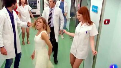 Fotograma de un sketch de TVE con 'enfermeras sexis'