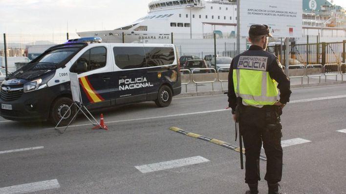La Policía Nacional incrementa los controles policiales en puntos estratégicos de Balears