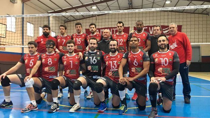La Federación Española de Voleibol se desplaza a Manacor para homologar las pistas de na Capellera
