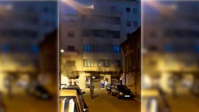 Treinta vecinos evacuados por el incendio en un conocido spa de Palma