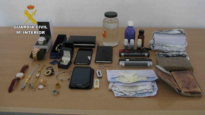 Detenido en Palma por timar con billetes falsos tintados y varios hurtos