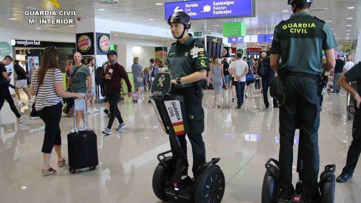 La Guardia Civil patrullará con Segways en el Aeropuerto