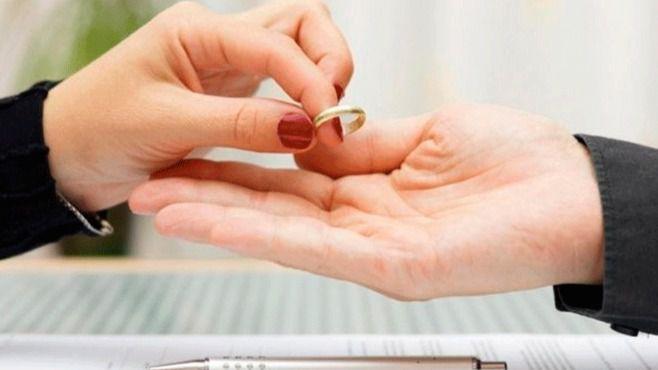Los divorcios y separaciones disminuyen un 5,2 por ciento en los tres primeros meses de 2018