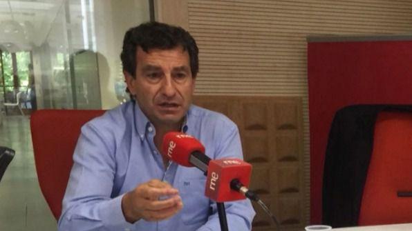 """Company: """"Armengol no está contenta con el gobierno de Sánchez, pero tiene que disimular"""""""