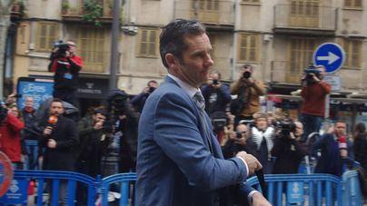 Iñaki Urdangarín acudiendo a recoger el mandato de entrada en prisión