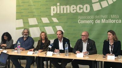 Ejecutiva de PIMECO con Toni Fuster en el centro