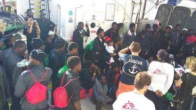 Migrantes del Aquarius llegando a Valencia