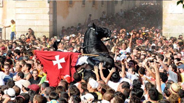 IB3 retransmite las fiestas de Sant Joan en Ciutadella con visión 360 grados
