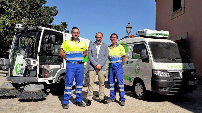 La primera barredora eléctrica del municipio opera en Calvià y Capdellà