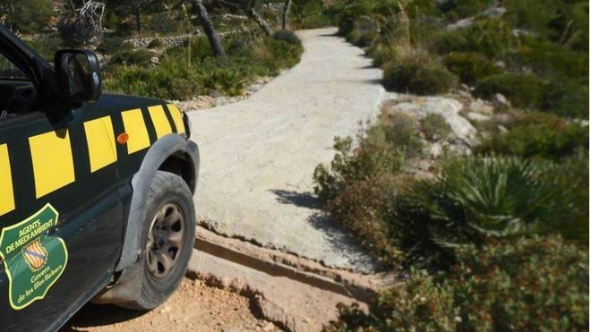 Expediente al GOB por asfaltar caminos de la finca protegida de La Trapa sin permiso