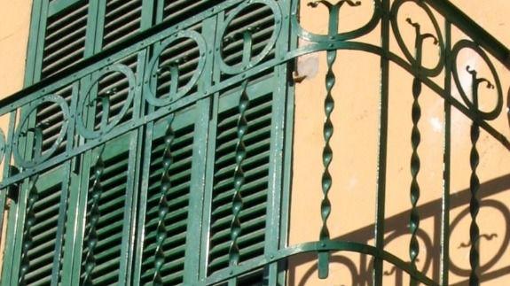ARCA pide a Cort que proteja las barandillas de las fachadas de Palma