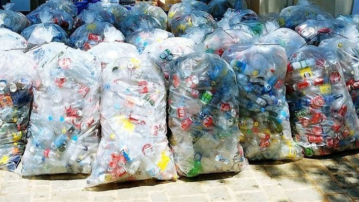 Se recogen más de 13.600 envases durante las fiestas de Sant Joan