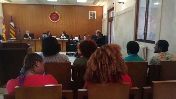 Aplazan al 7 de septiembre el juicio contra los seis acusados de trata de mujeres en Mallorca