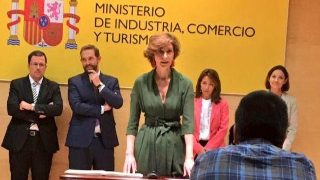 Bel Oliver toma posesión como secretaria de Estado de Turismo en Madrid