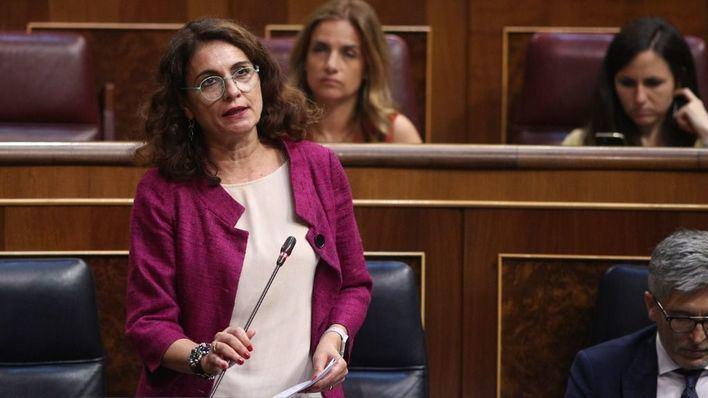 La ministra de Hacienda advierte: la financiación debe acordarse con el Govern y el PP nacional