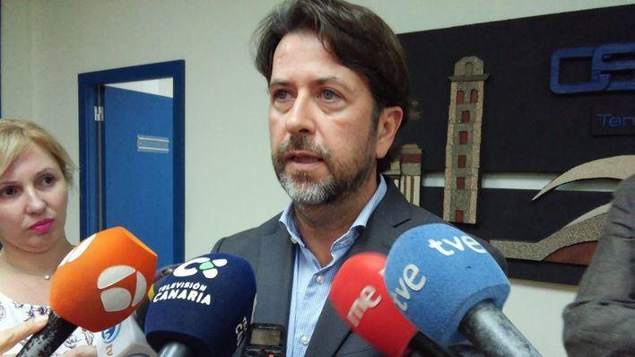 Las instituciones canarias, indignadas con Moncloa por el frenazo al descuento aéreo del 75 por ciento