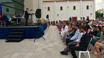 El CESAG gradúa la primera promoción de los dobles grados de Educación y Comunicación