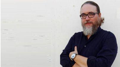 El periodista Eduardo de la Fuente presenta su novela en Palma