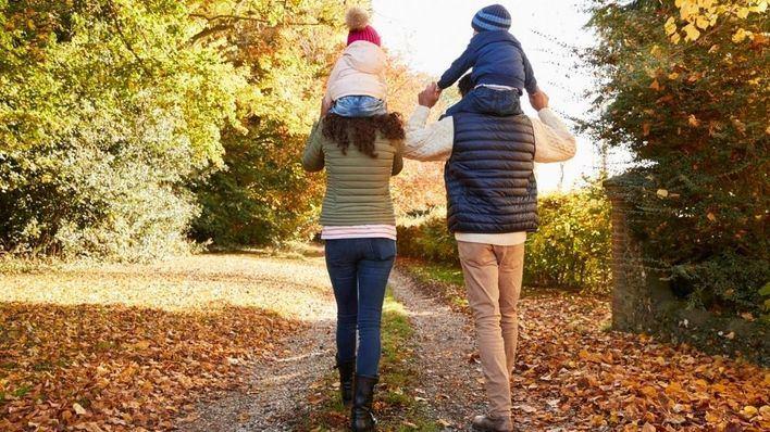 Doce nuevas familias se incorporan a la red de acogida del IMAS