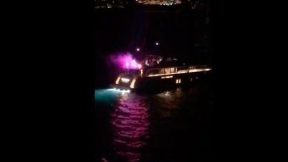 Vecinos de Palmanova denuncian falta de descanso por las party boats nocturnas