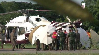 Rescatados los 12 niños y el entrenador atrapados dos semanas en una cueva de Tailandia