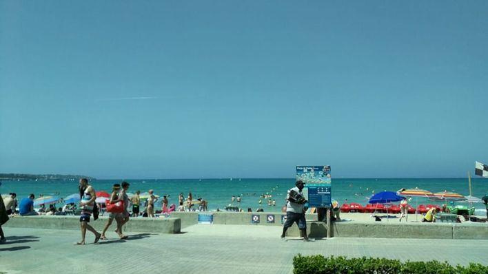 Detenidas 12 personas en Playa de Palma por hurtos y agresiones