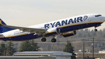 Ryanair despide a 4 tripulantes de cabina por negarse a volar al superar el máximo de horas permitido