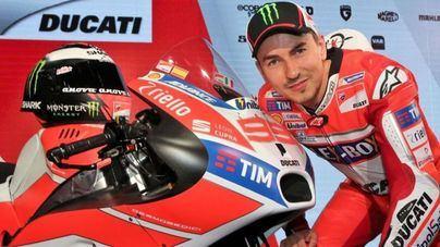 Márquez primero, Lorenzo tercero en la parrilla de salida del domingo