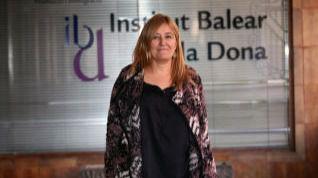 Piden la dimisión de la directora del IBDona por 'negar' la 'ayuda a los huérfanos de hombres asesinados'