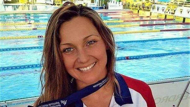 Melani Costa se impone a Lidón Muñoz y gana los 200 metros