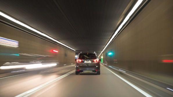 Cómo escoger las luces del coche