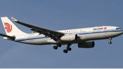 El copiloto se pone a fumar y el avión debe descender 6.500 metros