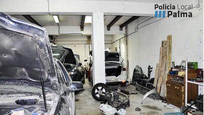 Denuncian tres talleres ilegales que trabajaban en la calle y 19 coches sin seguro en Son Gotleu