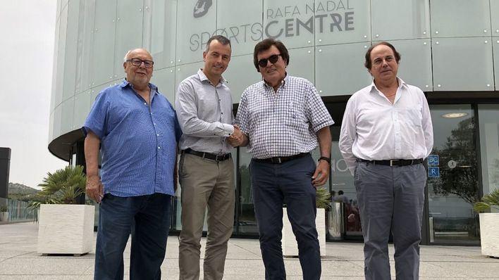 La academia de Nadal ofrece descuentos a 28.000 federados del fútbol balear