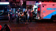 Un muerto y 14 heridos en un tiroteo masivo en Toronto