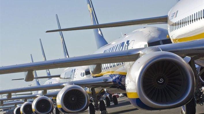 Ryanair amenaza con reducir vuelos y su flota si continúan las huelgas