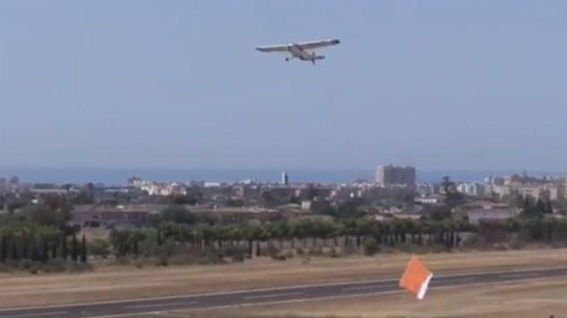 Detectan avionetas pirata que vuelan sin permiso sobre las playas de Calvià para hacer publicidad