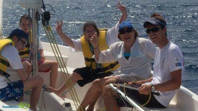 85 personas participan en la regata de vela adaptada del Port d'Andratx