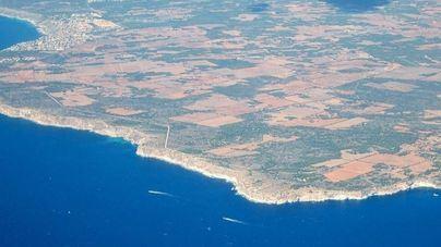 El GOB acusa al Govern de implantar las energías renovables a costa del patrimonio natural