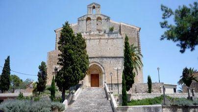 El Bisbat de Mallorca fuerza la salida del sacerdocio del expárroco de Selva acusado de pederastia