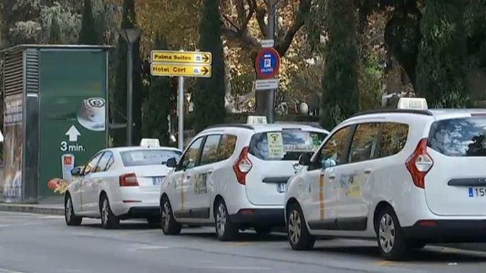Los taxistas de Balears harán cinco horas de huelga el martes por la mañana contra las licencias VTC