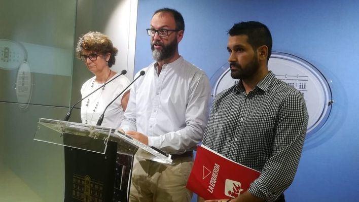 Més y EUIB registran una proposición para exigir un referéndum vinculante entre monarquía y república